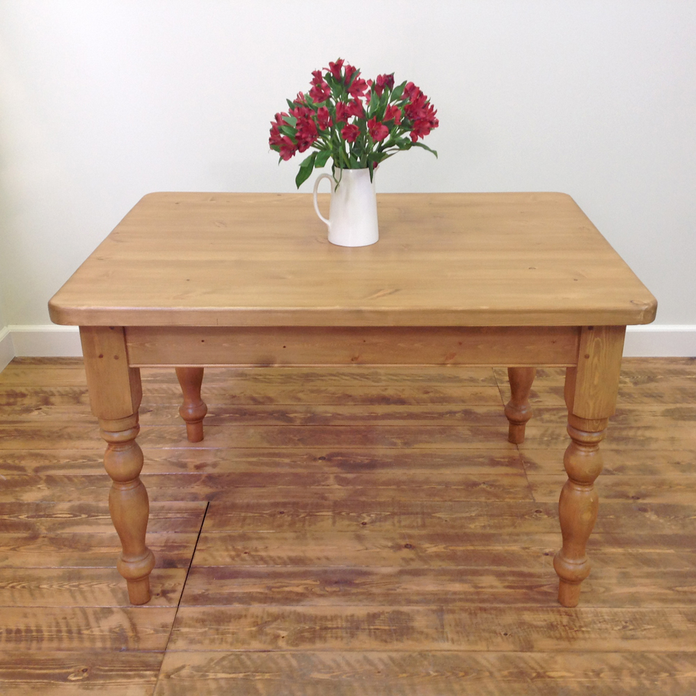 4'x3'-victorian-dining-table-2