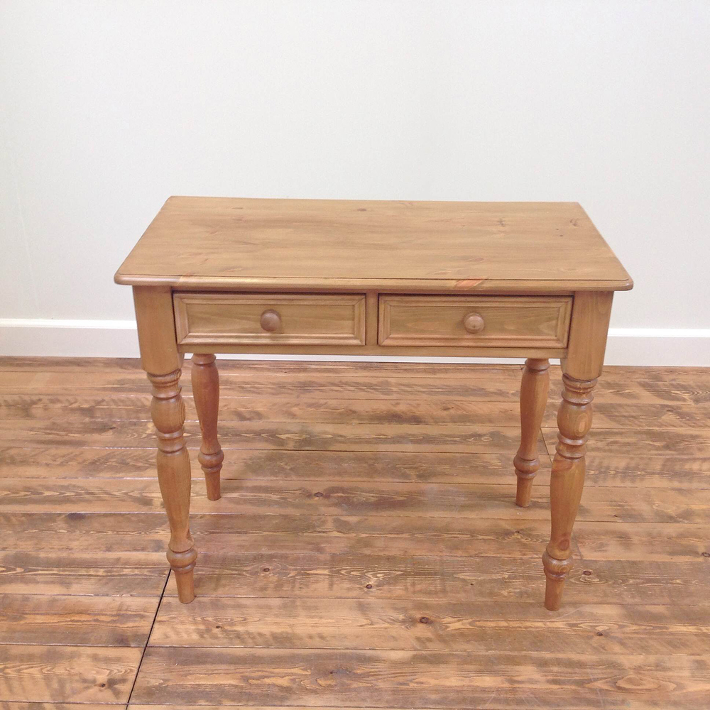 traditional-dressing-table