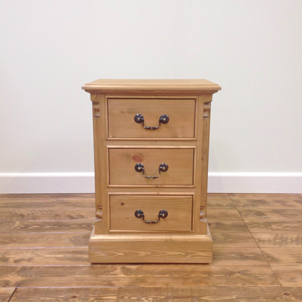 georgian-3-drawer-bedside-chest