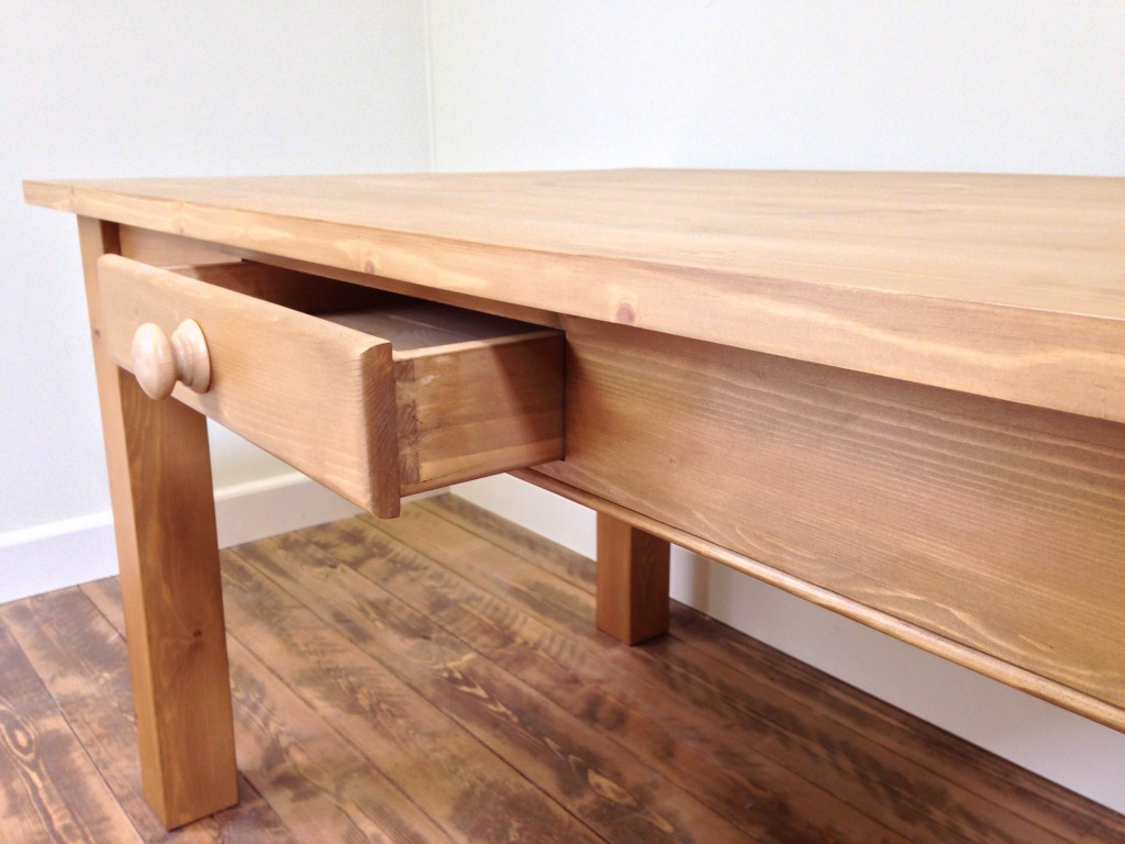 shaker-style-dining-table
