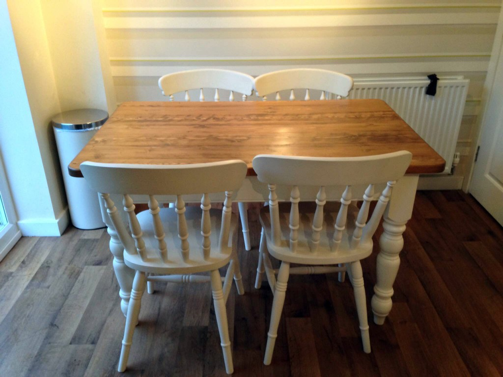 Up Cycled Table Amp Chairs Wolds Furniture Company
