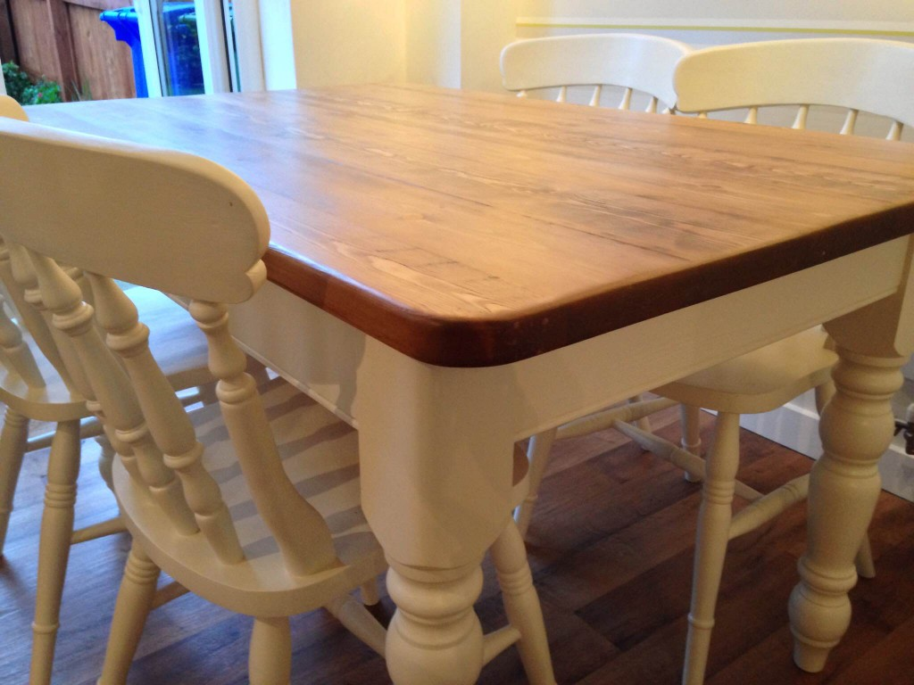 upcycled-table-side
