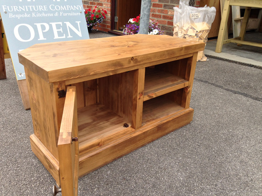 rustic-pine-tv-unit-inside