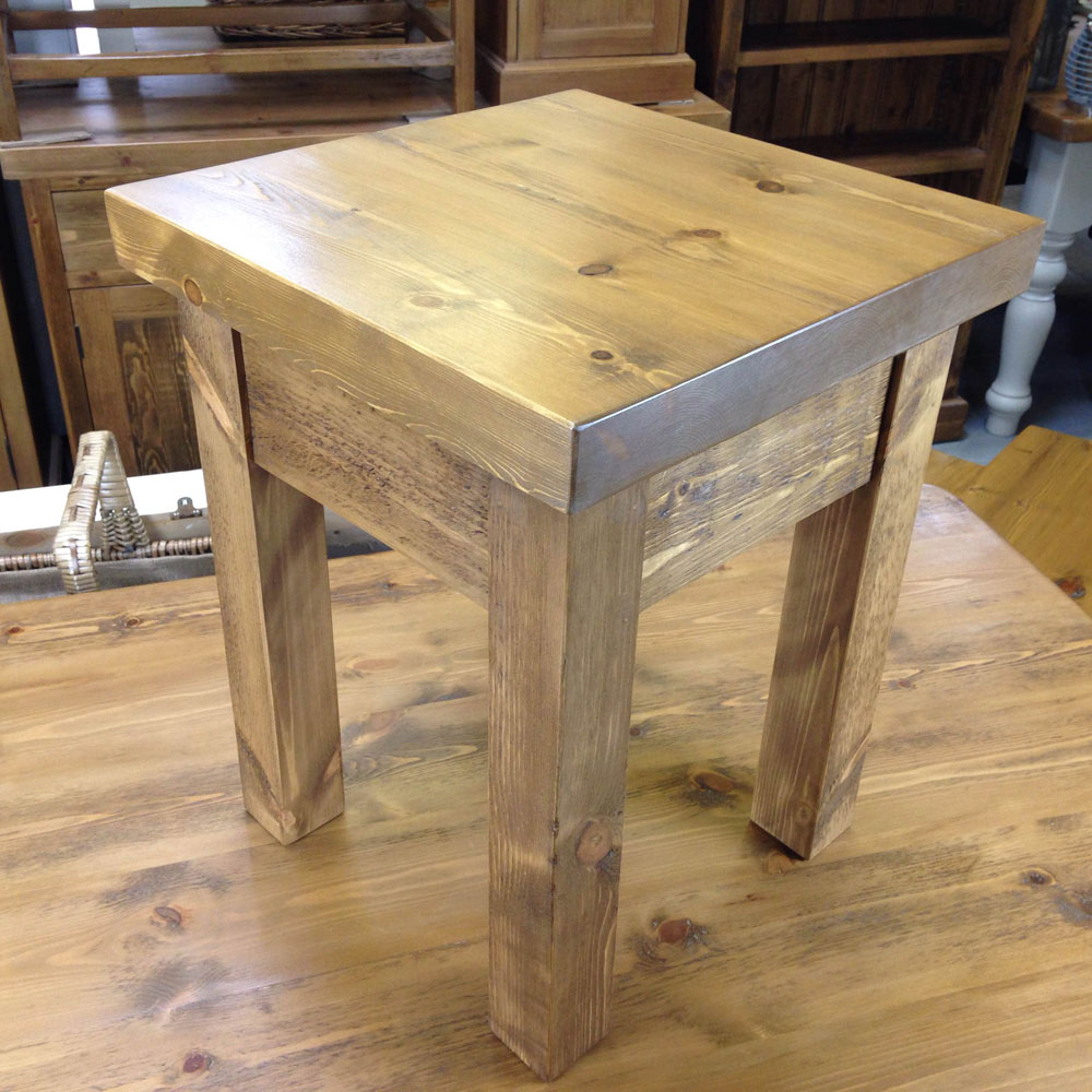 small-lamp-table