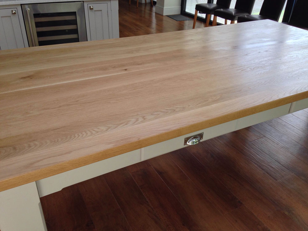 oak-top-dining-table
